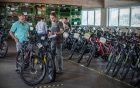 Greenstorm küsst leere Hotels mit Gratis-E-Bikes wach und überzeugt die Crowd